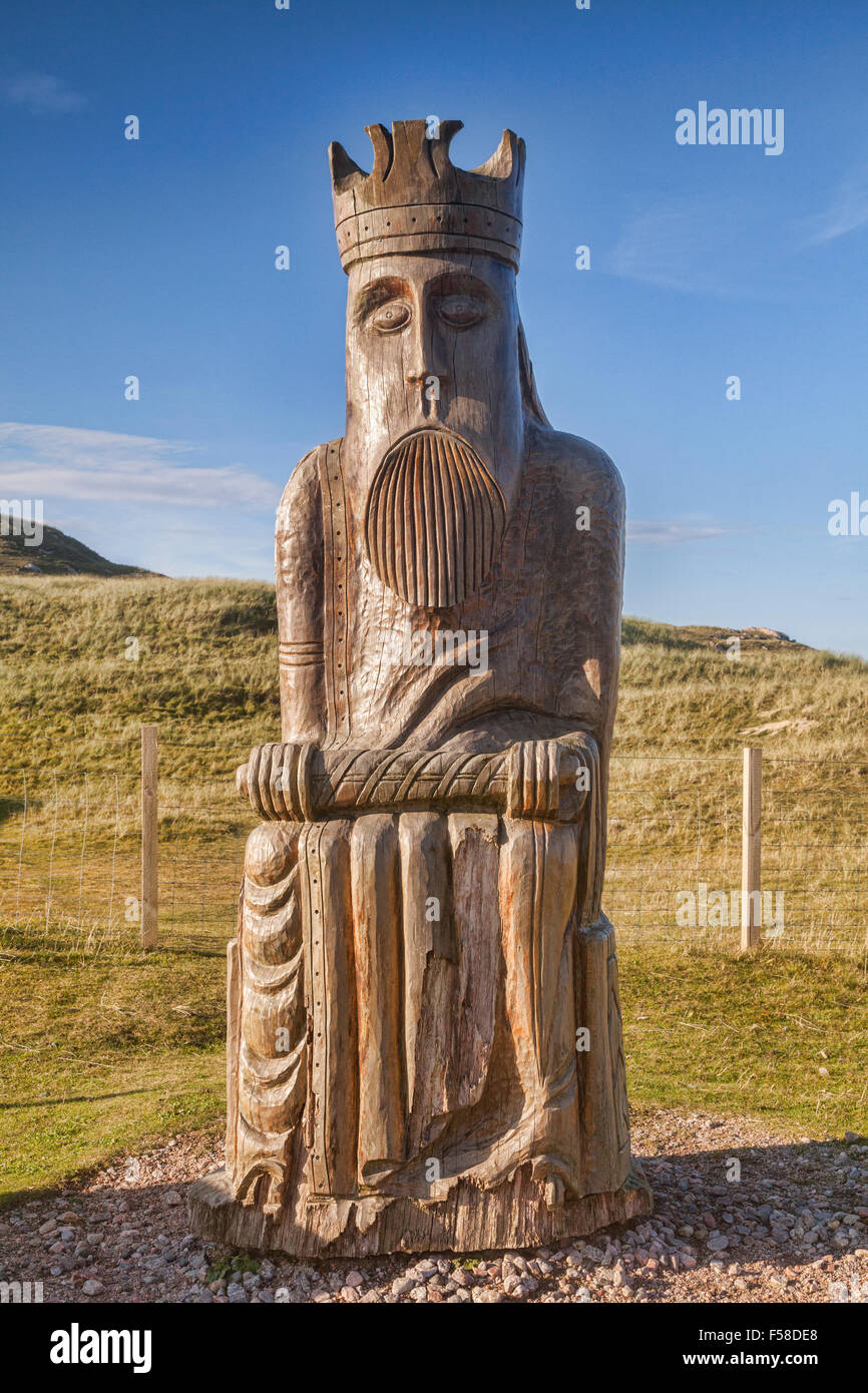Sculpture by Stephen Hayward based on the famous Isle of Lewis chess pieces, Uig, Isle of Lewis, Outer Hebrides, - Stock Image