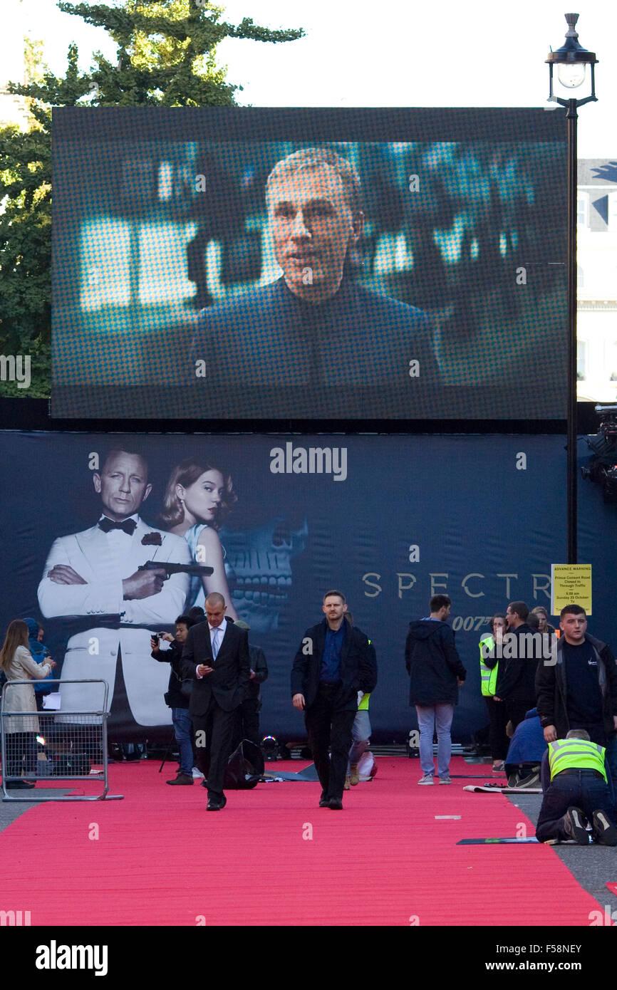 The Spectre Premiere London England - Stock Image
