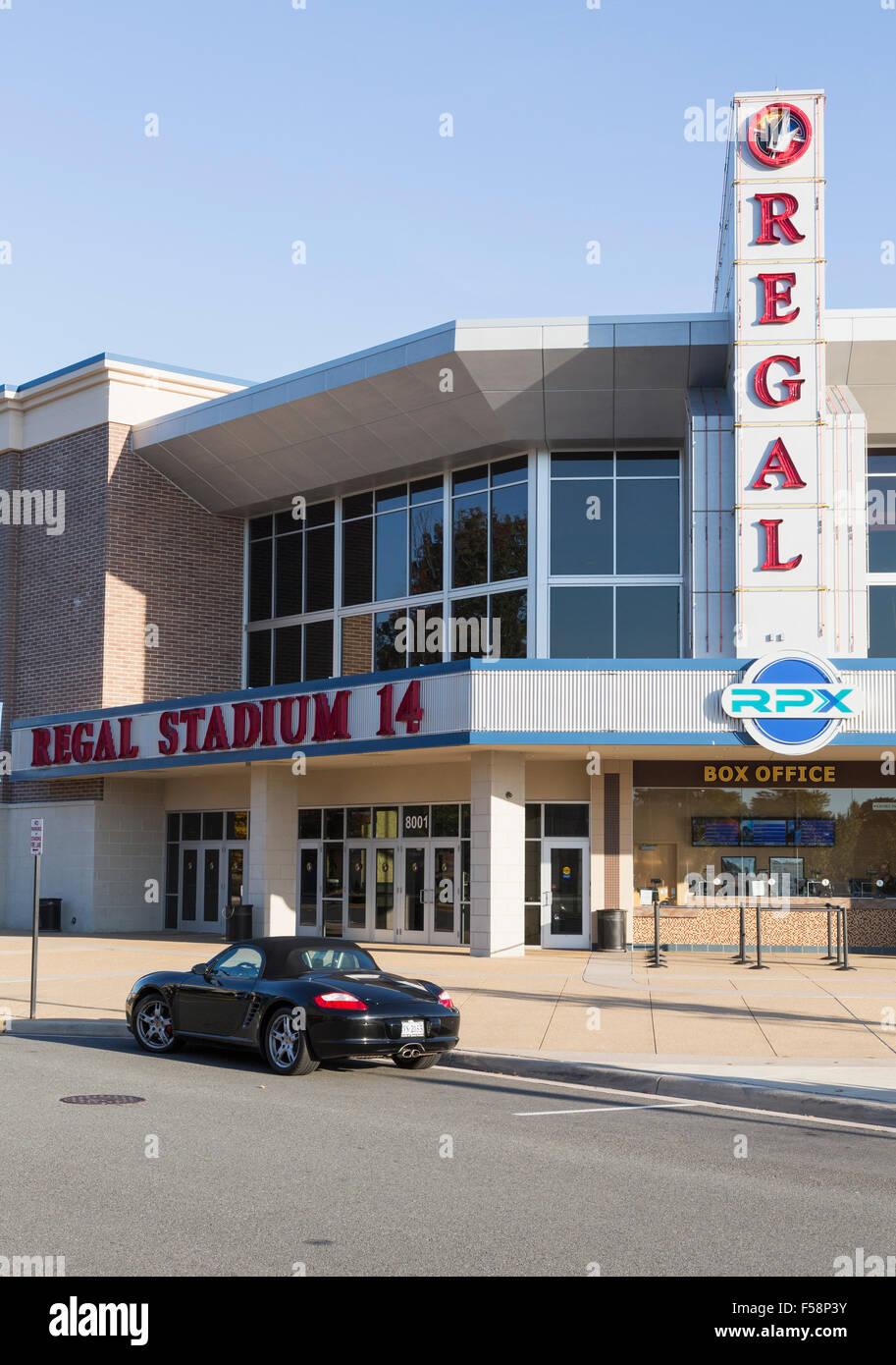 Regal Cinema in central shopping street in Virginia Gateway Shopping Center, Gainesville, Virginia, USA - Stock Image