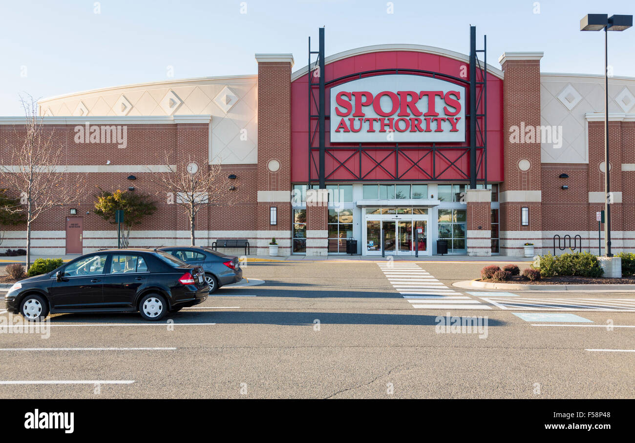 Sports Authority store / superstore in Virginia Gateway Shopping Center, Gainesville, Virginia, USA - Stock Image