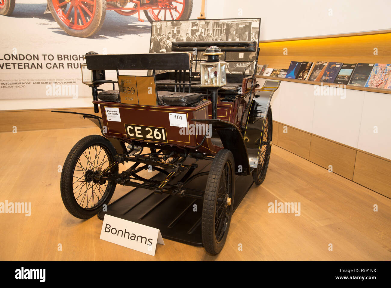 New Bond Street, London, UK. 30th October 2015.1899 STAR BENZ 3 ...
