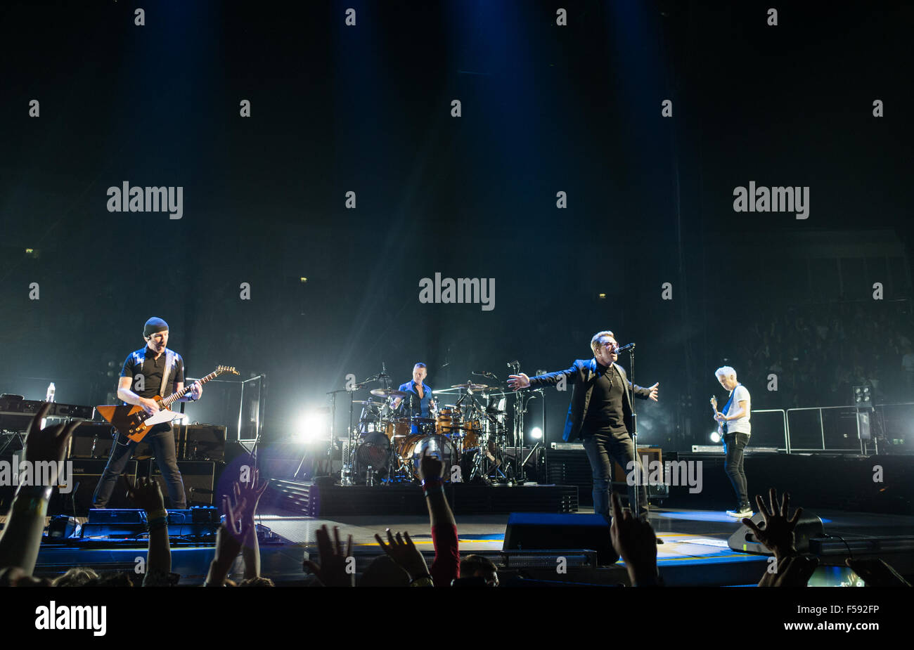 London, UK. 29th October, 2015. U2 at London O2 on the Innocence and Experience tour Credit:  david pearson/Alamy Stock Photo