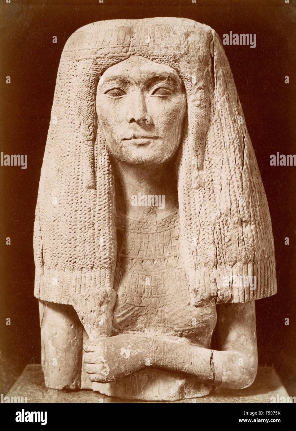 Busts of Egyptian woman - Stock Image