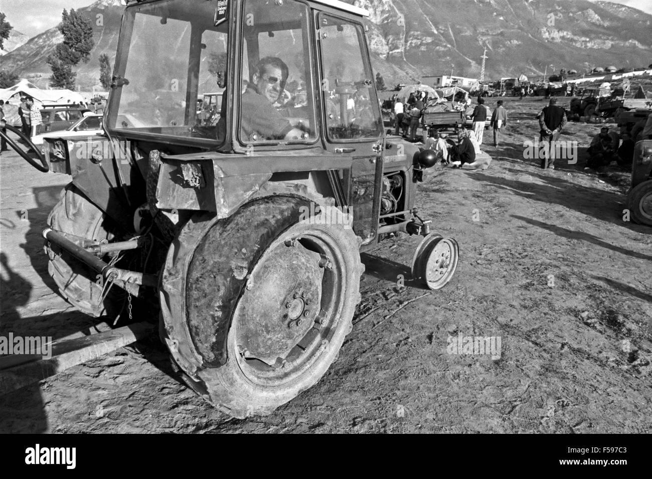 war in ex Yugoslavia, Kosovo crisis, Kosovar  refugees camp in Kukes (Albania), april 1999 Stock Photo