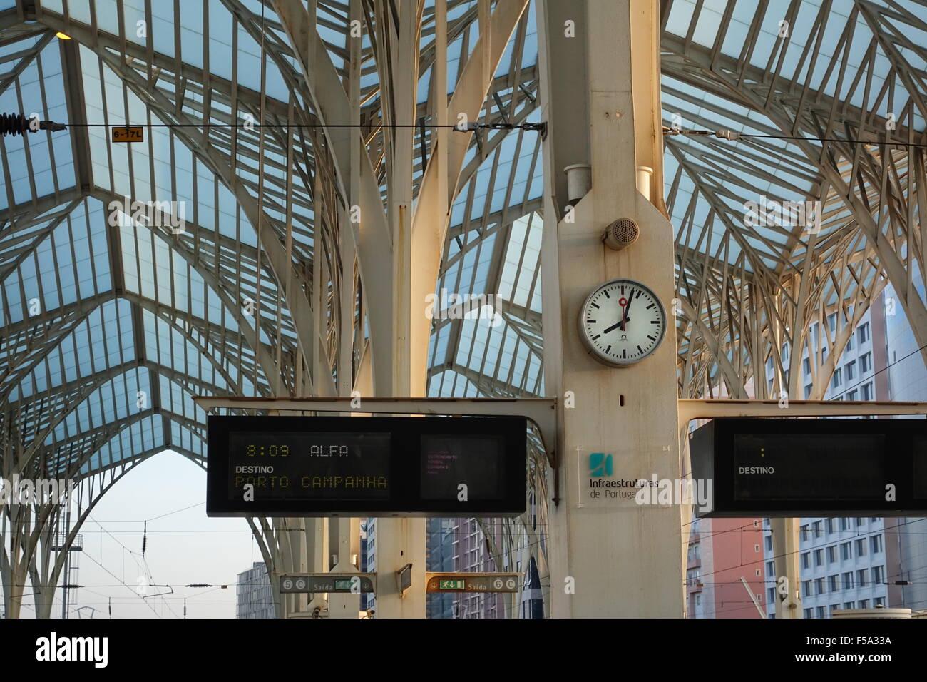 Estação do Oriente Lisbon Destination Indicators -2 - Stock Image