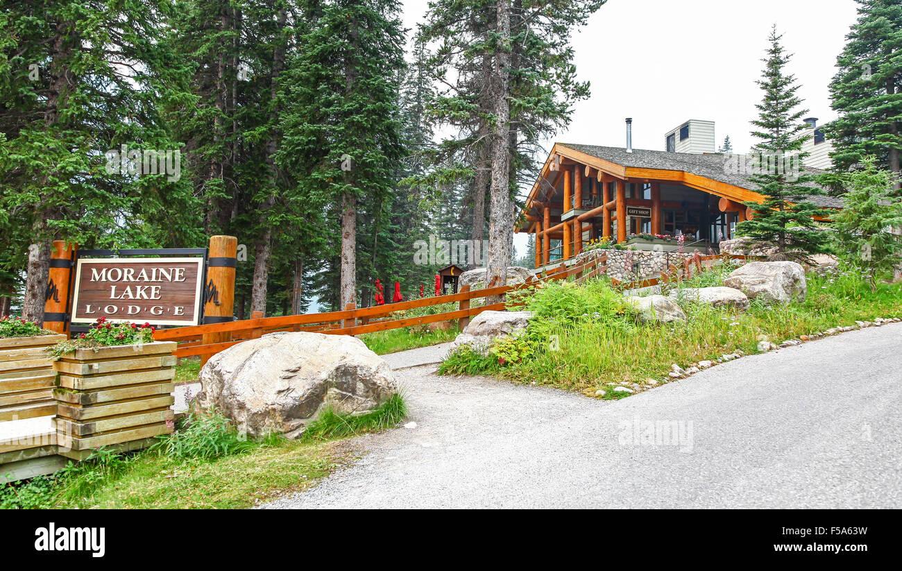 Moraine Lake Lodge Banff National Park Alberta Canada Stock
