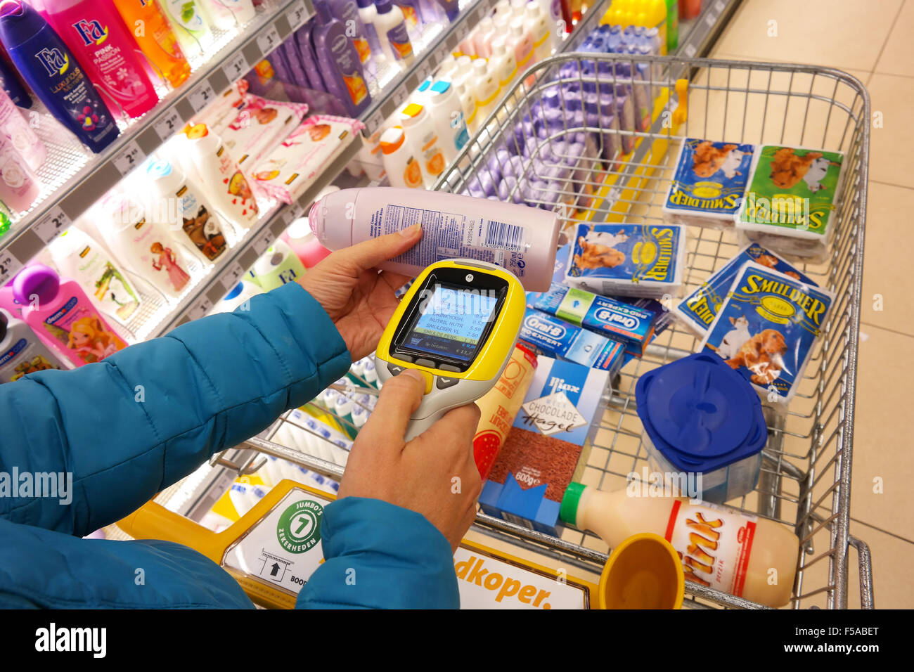 Portable barcode scanner in a Jumbo Supermarket - Stock Image