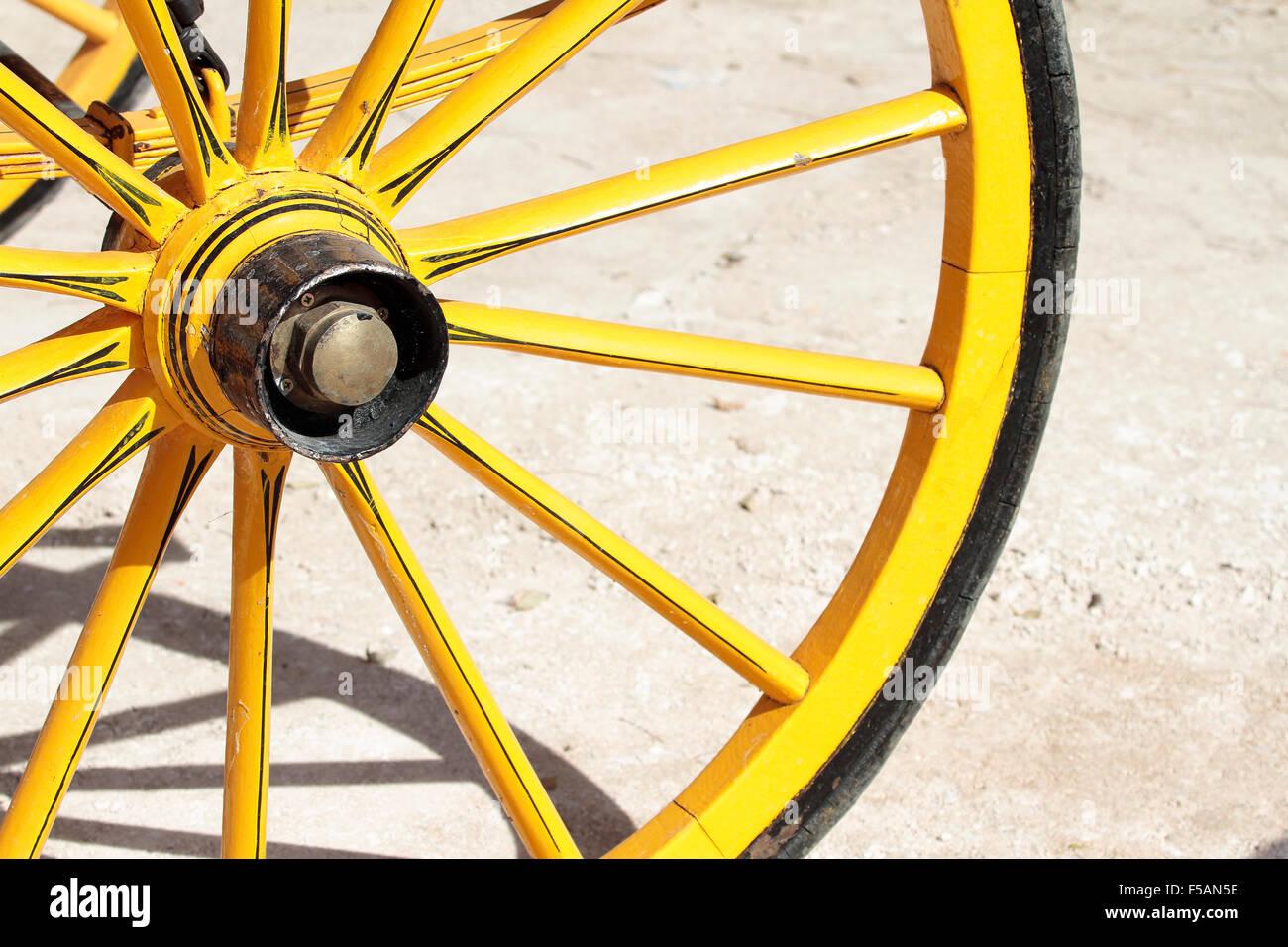 Wagon Wheel Shape Stock Photos & Wagon Wheel Shape Stock Images - Alamy