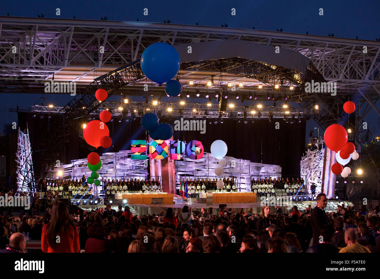 Milan. 31st Oct, 2015. Photo taken on Oct. 31, 2015 shows the closing ceremony of Expo Milano 2015 in Milan, Italy. - Stock Image