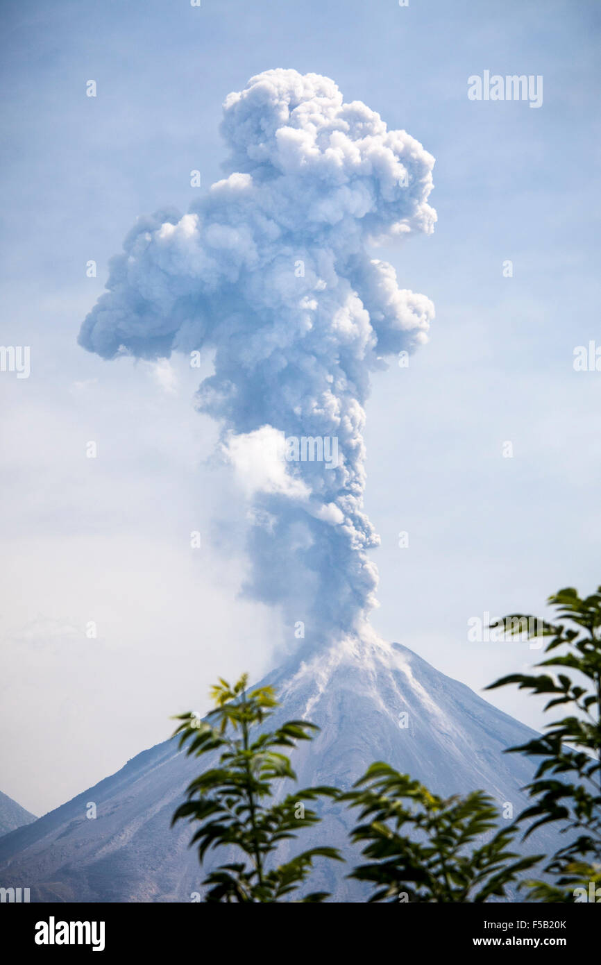 Eruption of the Volcan de Fuego in Colima, Mexico. - Stock Image