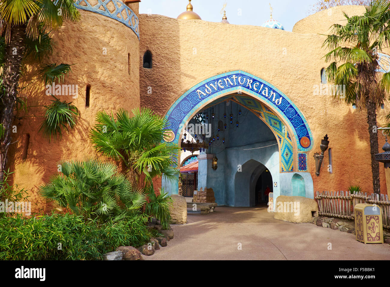 adventureland disneyland paris stock photos adventureland disneyland paris stock images alamy. Black Bedroom Furniture Sets. Home Design Ideas
