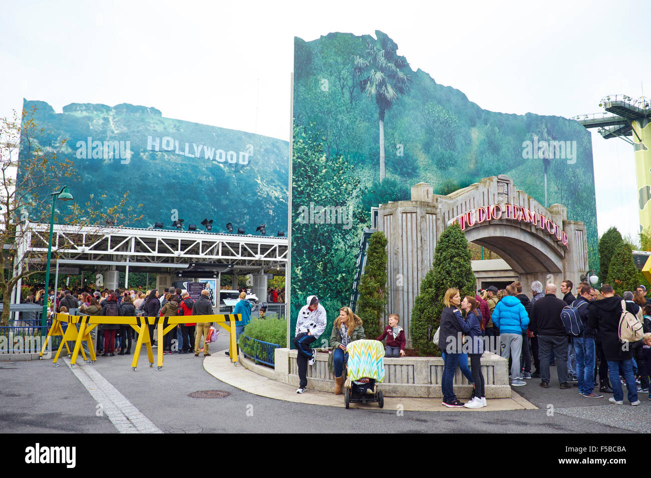 queuing for the studio tram tour walt disney studios disneyland paris stock photo 89376318 alamy. Black Bedroom Furniture Sets. Home Design Ideas