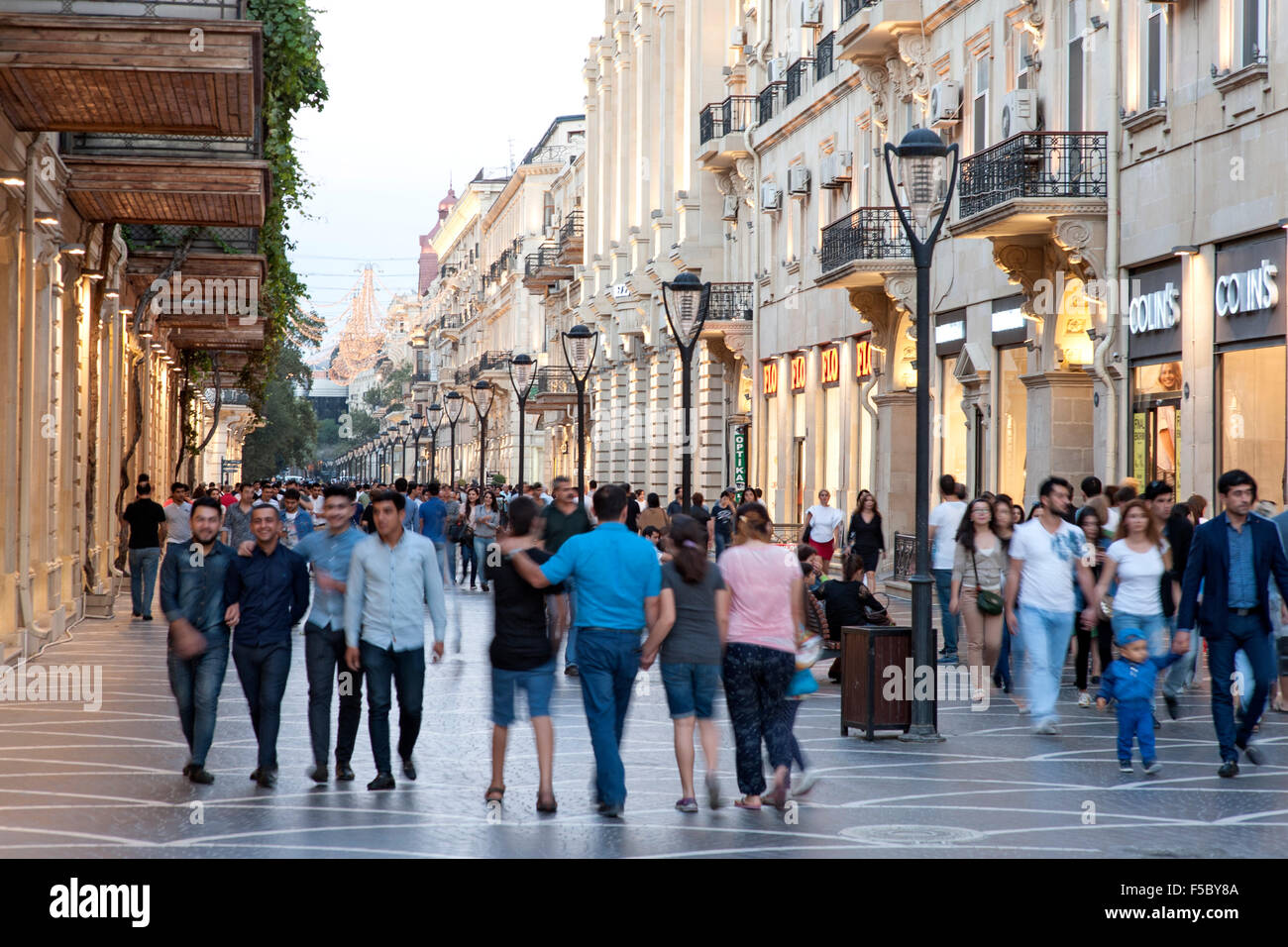 Pedestrians on Nizami street in central Baku. The street is named after classical poet Nizami Ganjavi. - Stock Image