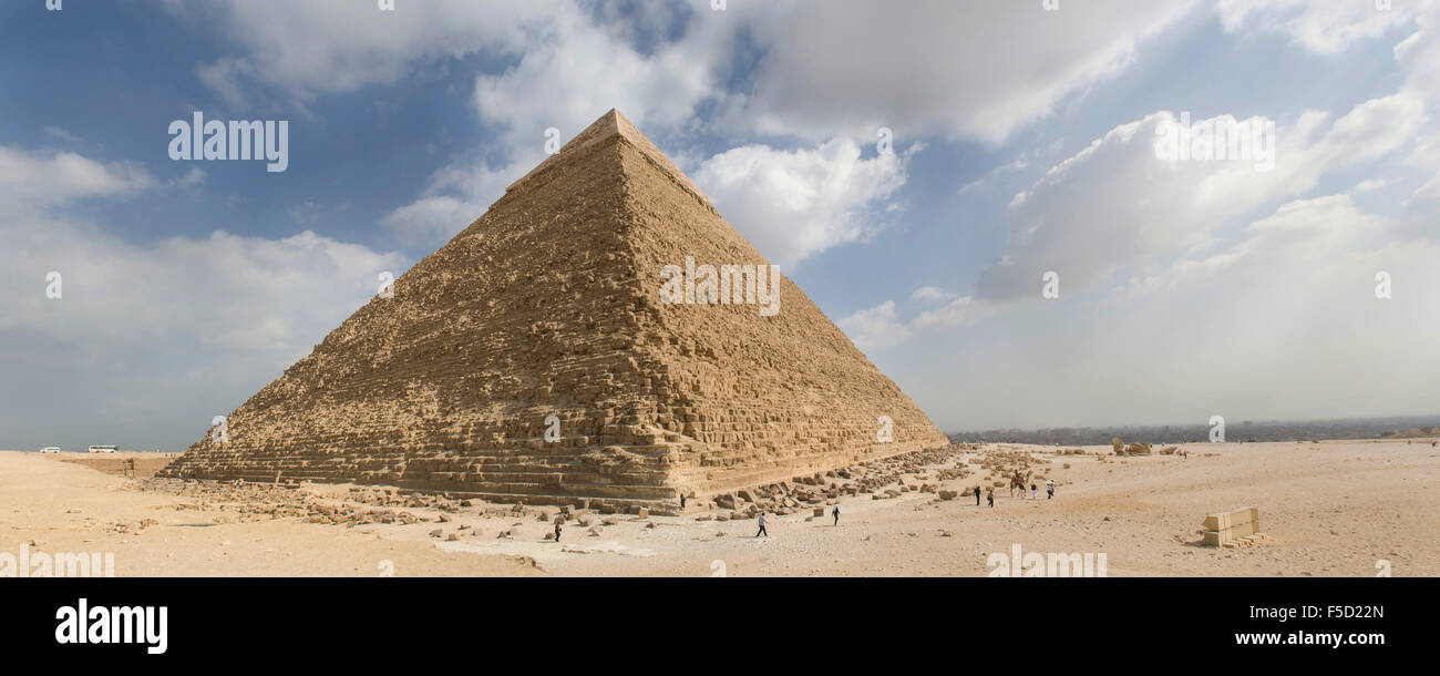 one of the great pyramids on the giza plateau - Stock Image