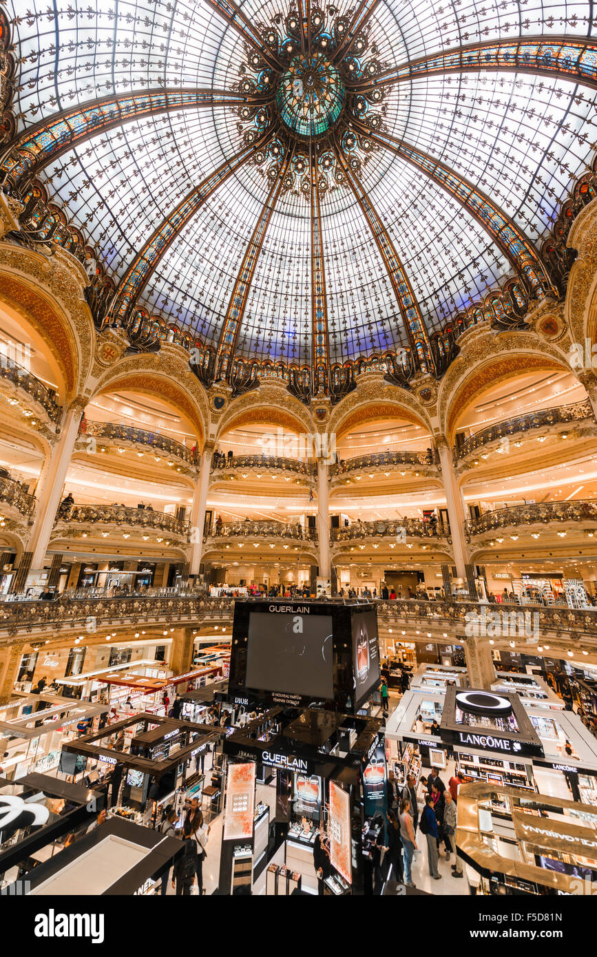 Galeries Lafayette dome, department store, Paris, Ile-de-France, France - Stock Image
