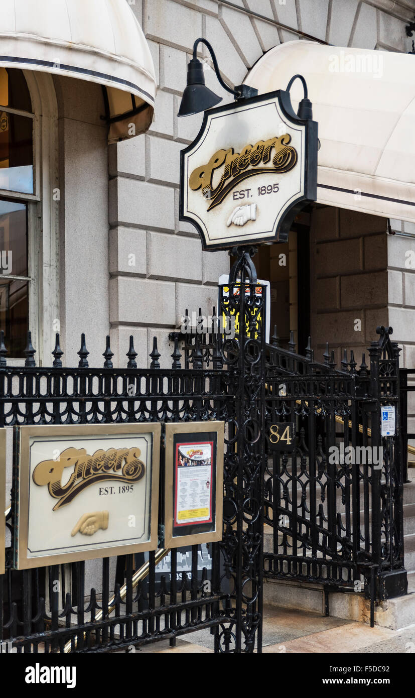 Cheers Boston Beacon Hill, formerly the Bull and Finch Pub, Boston, Massachusetts, USA Stock Photo