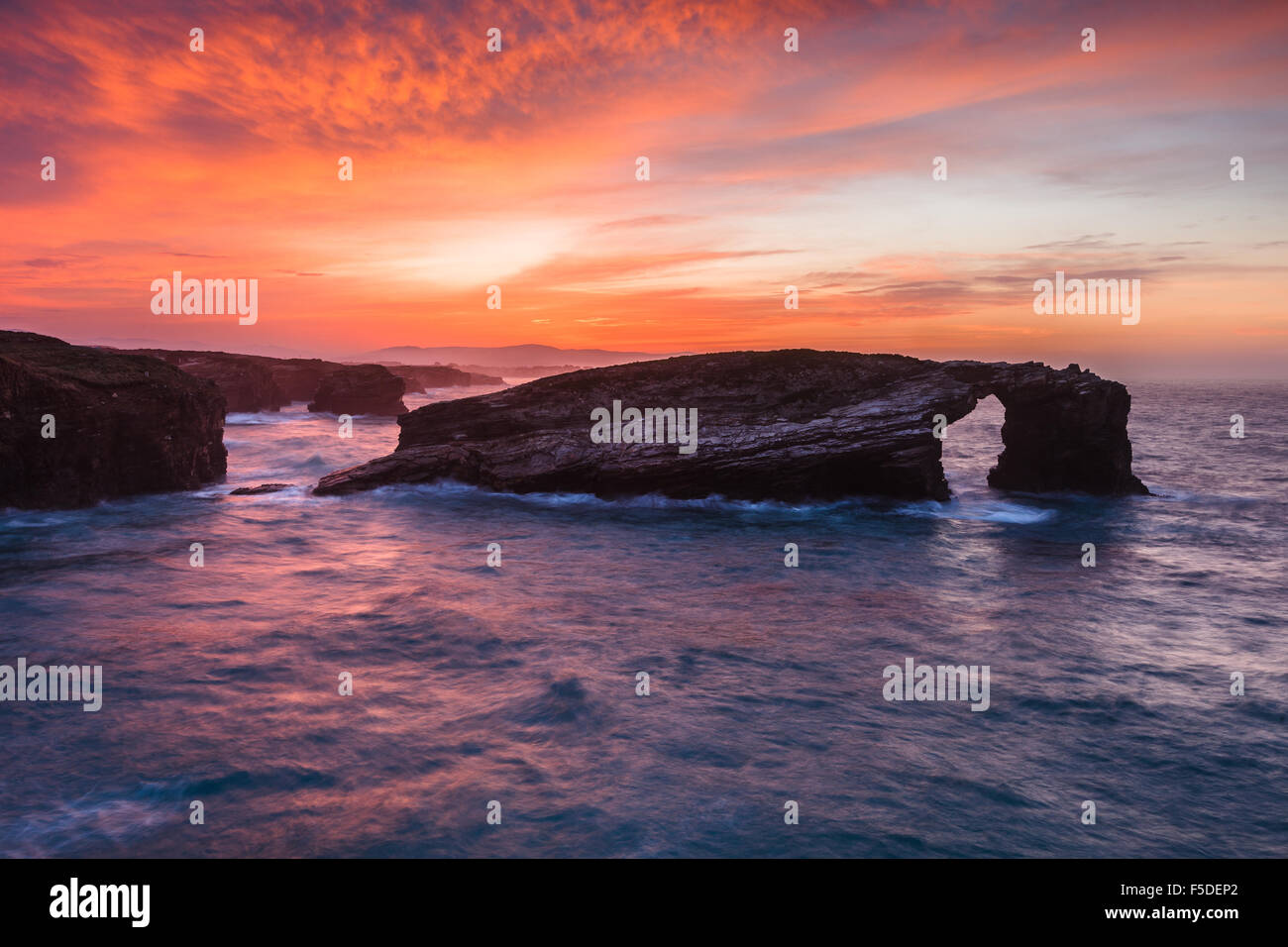 'As Catedrais' / 'Las Catedrales' Beach by sunset, in Ribadeo, Lugo. Galicia, Spain. - Stock Image