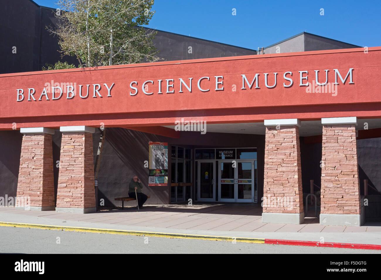Los Alamos, New Mexico - The Bradbury Science Museum contains exhibits about Los Alamos National Laboratory. - Stock Image