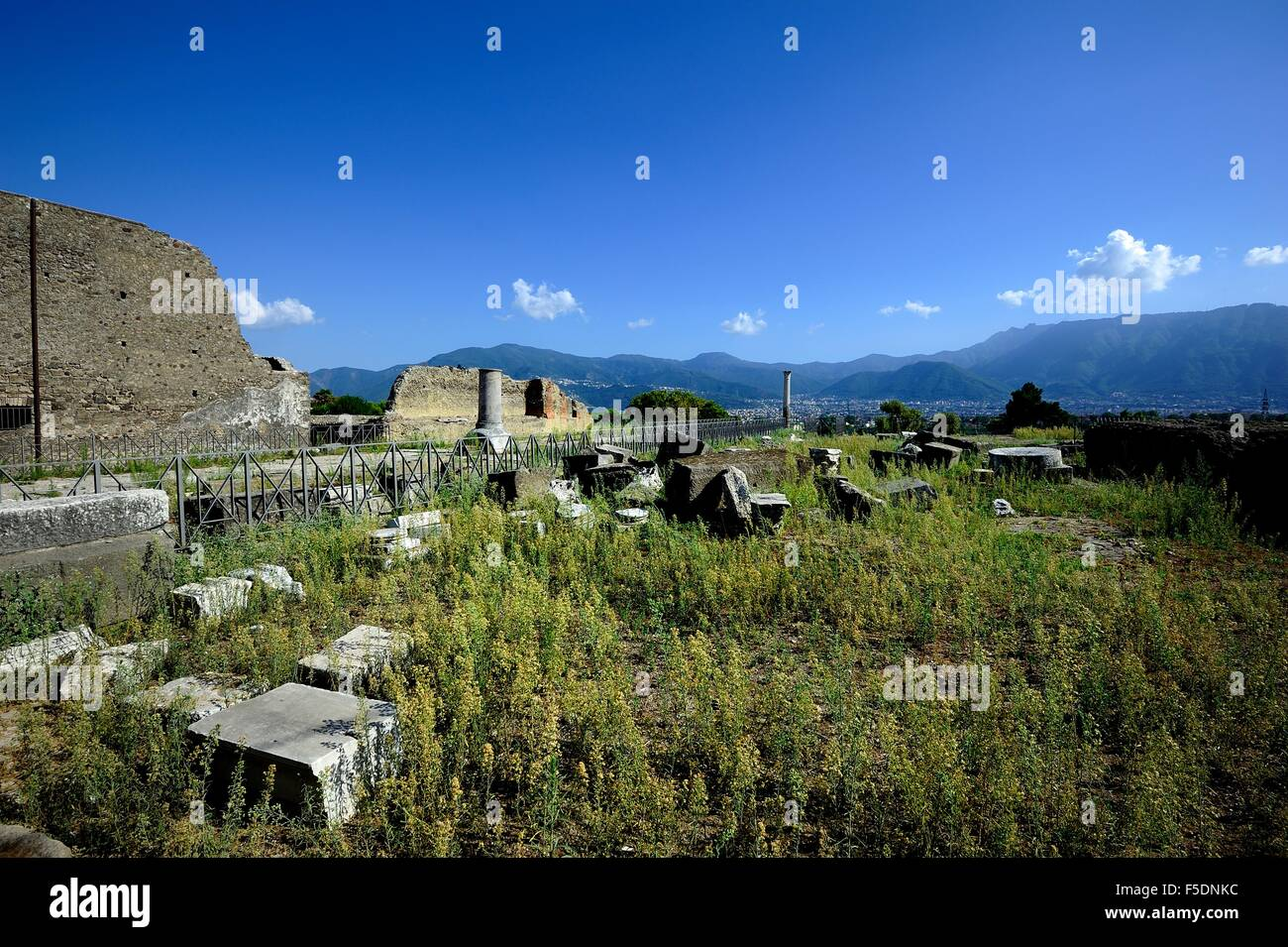The ruins of the Basilica of Pompeii - Stock Image