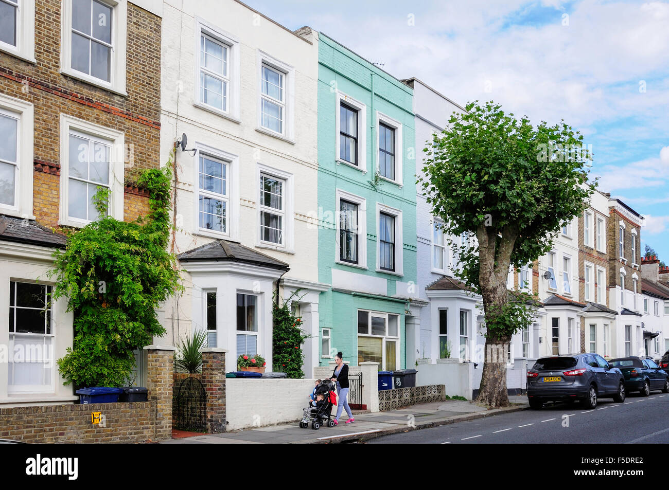 Terraced houses, North End Way, Golders Green, London Borough of Barnet, London, England, United Kingdom - Stock Image