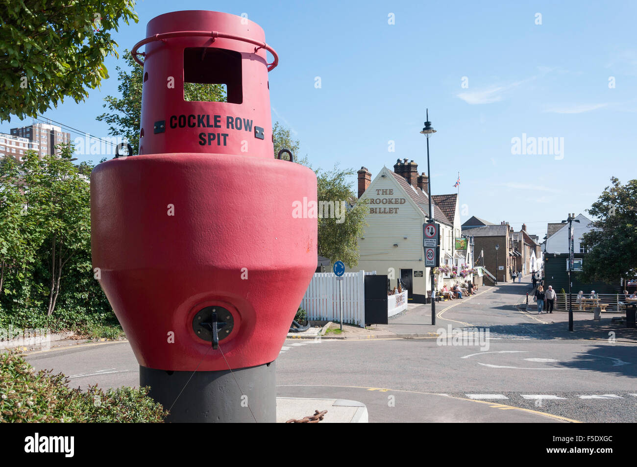 Cockle Row Spit buoy, High Street, Old Leigh, Leigh-on-Sea, Essex, England, United Kingdom - Stock Image