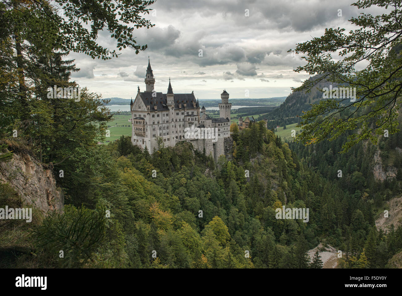 The fairy tale Schloss Neuschwanstein castle in Schwangau, Bavaria, Germany - Stock Image