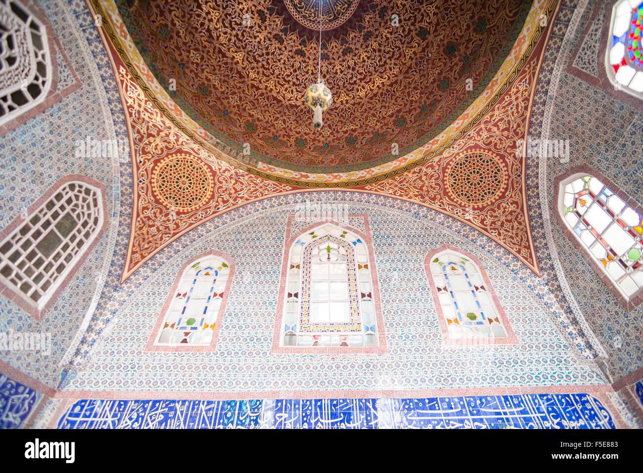 Summerhouse interior at Topkapi Palace, UNESCO World Heritage Site, Istanbul, Turkey, Europe - Stock Image