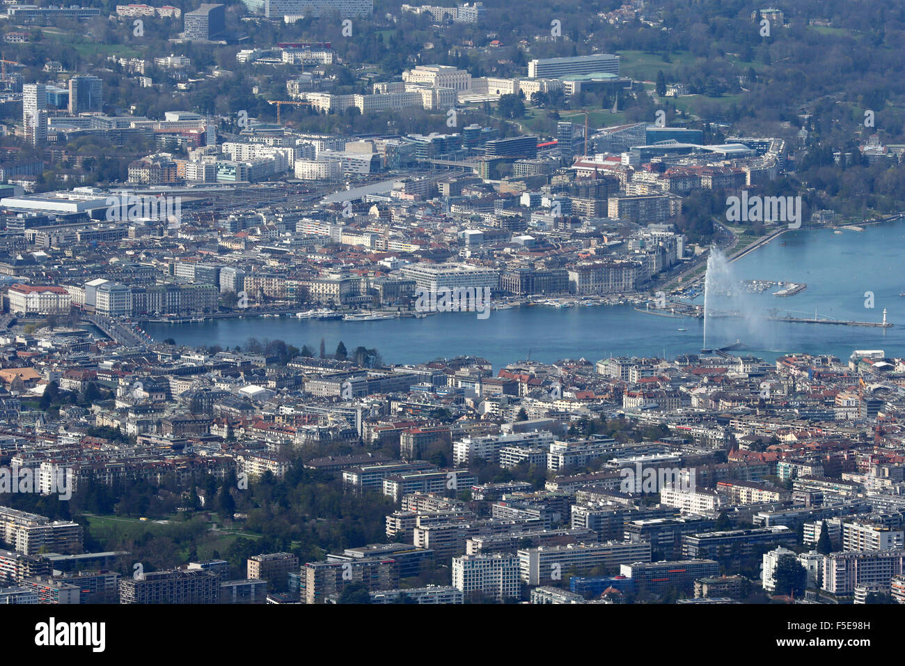 Lake Geneva and water jet, the world's tallest fountain, Geneva, Switzerland, Europe - Stock Image