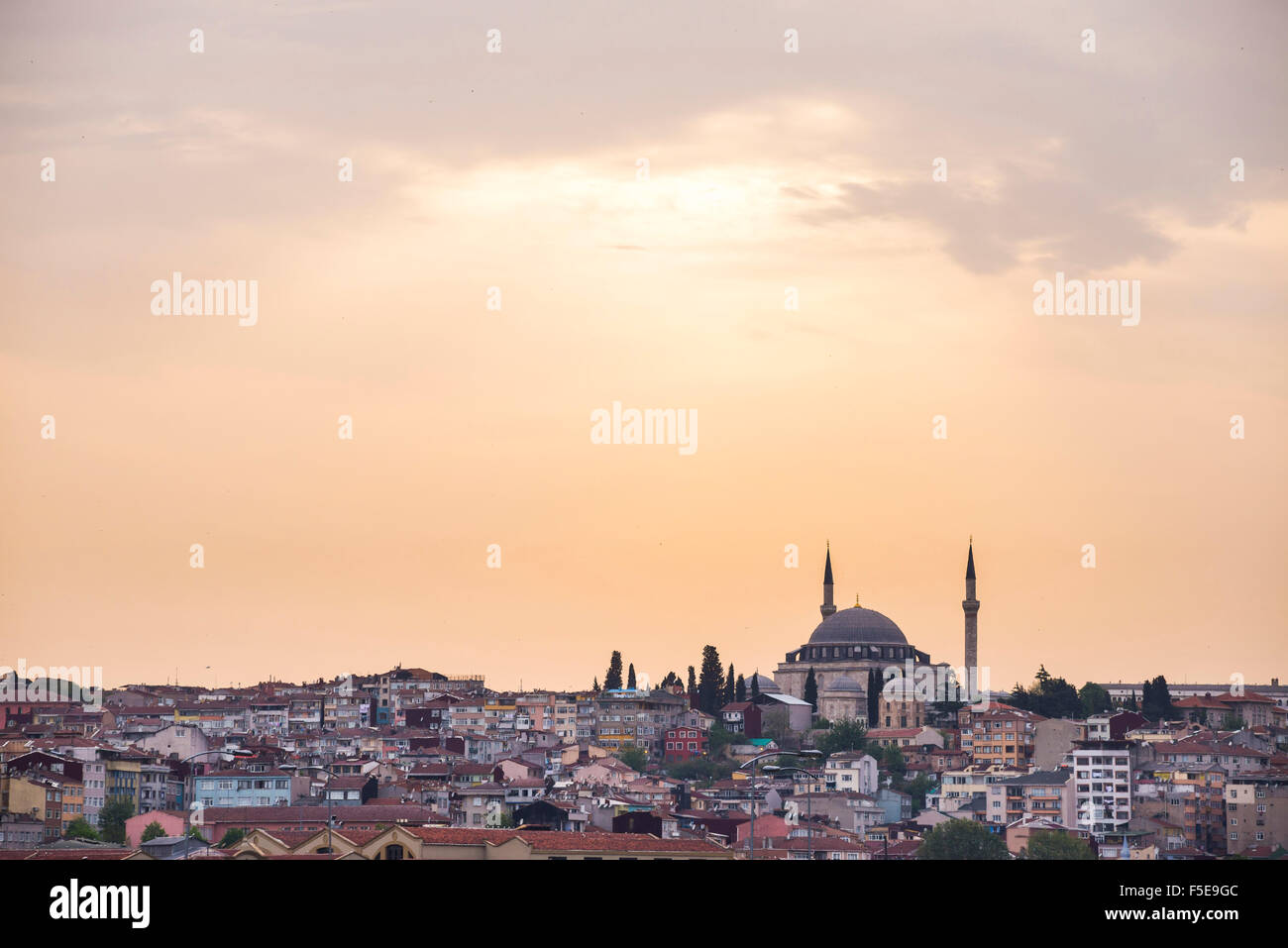 Hilltop mosque at sunset, Istanbul, Turkey, Europe - Stock Image