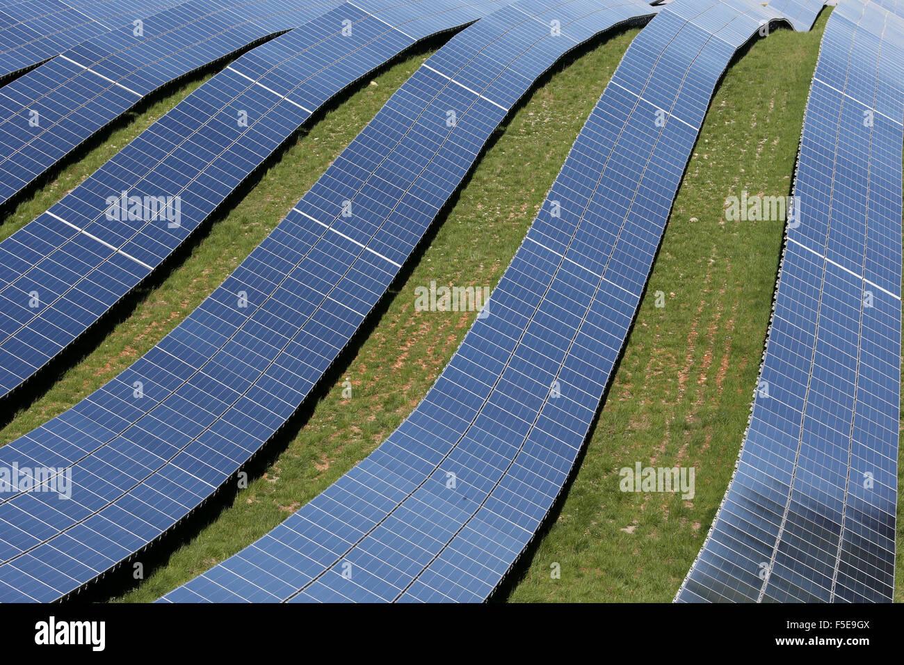 Solar farm, detail of photovoltaic power plant, Alpes-de-Haute-Provence, France, Europe - Stock Image