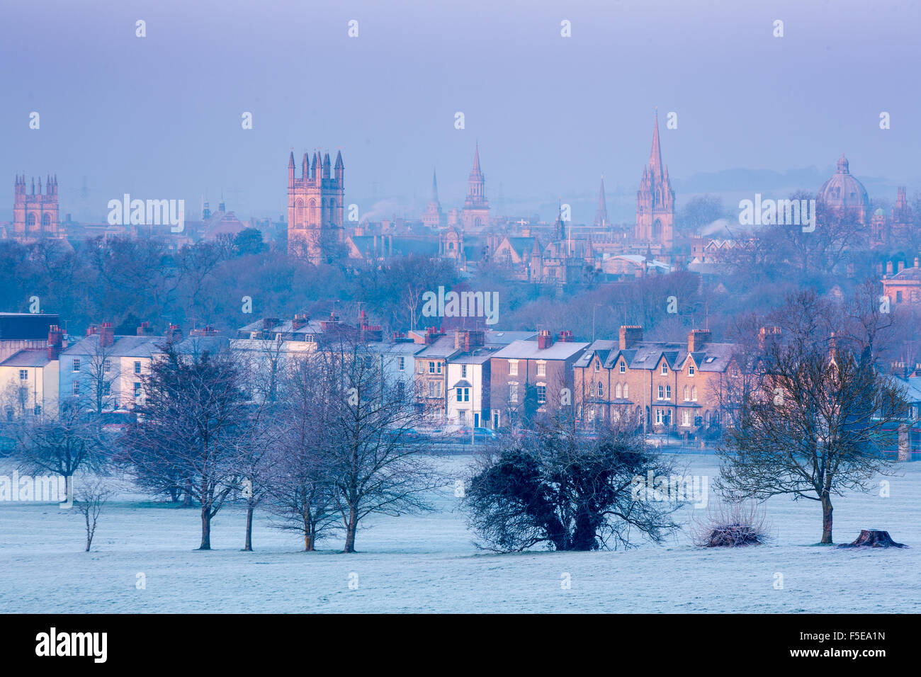 Oxford from South Park in winter, Oxford, Oxfordshire, England, United Kingdom, Europe - Stock Image