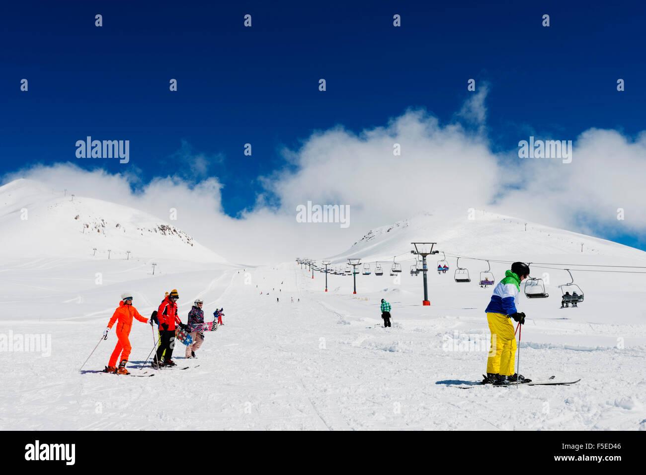 Skiers at Gudauri ski resort, Georgia, Caucasus region, Central Asia, Asia - Stock Image