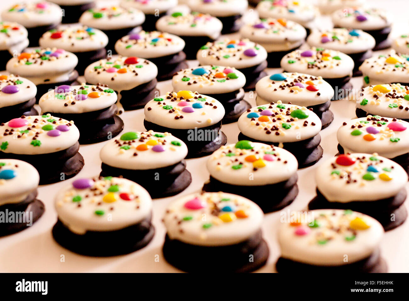 Rows of cakes - Stock Image