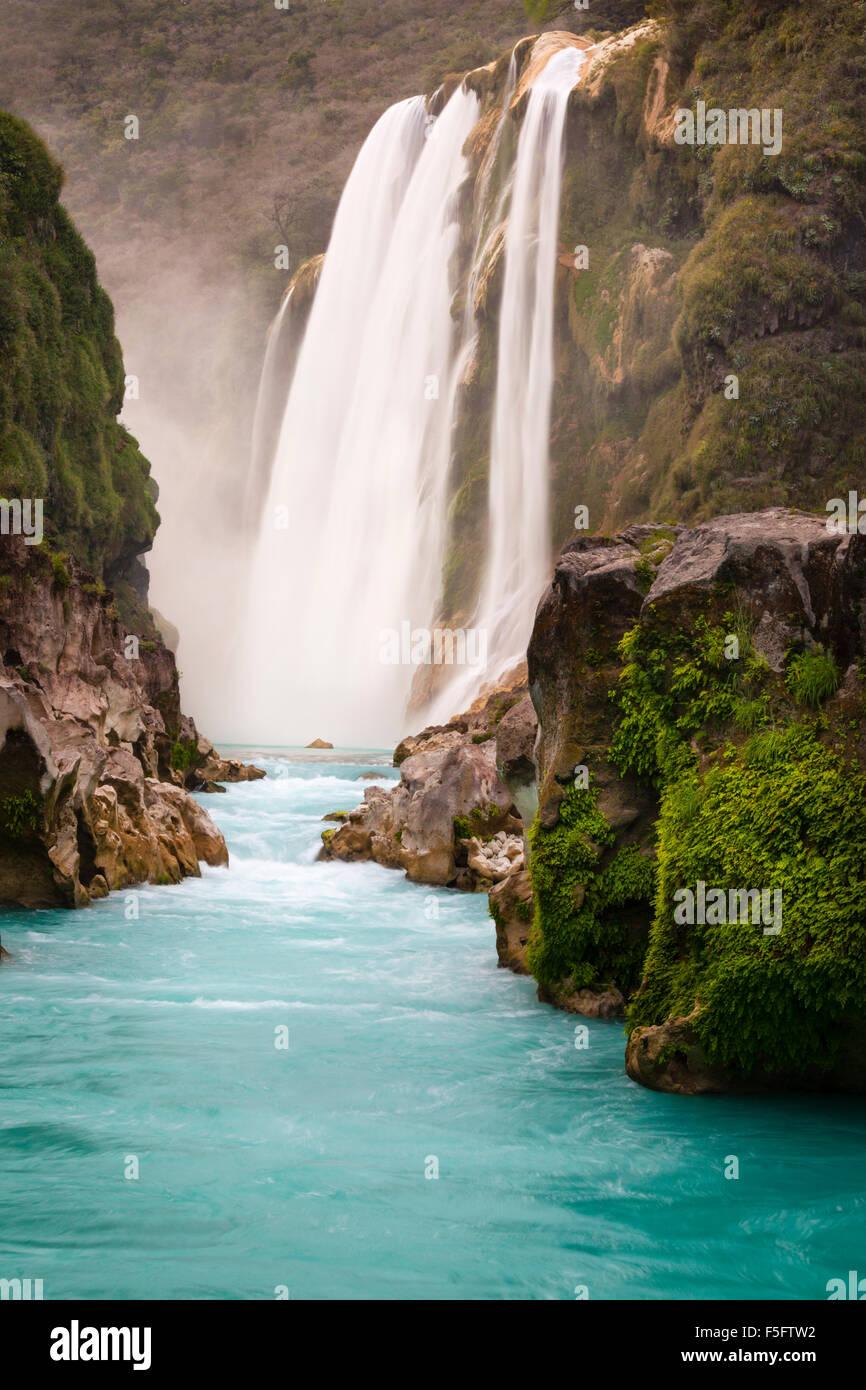 The 105 meter high Tamul Waterfalls in the Huasteca Potosina area of San Luis Potosi, Mexico. - Stock Image