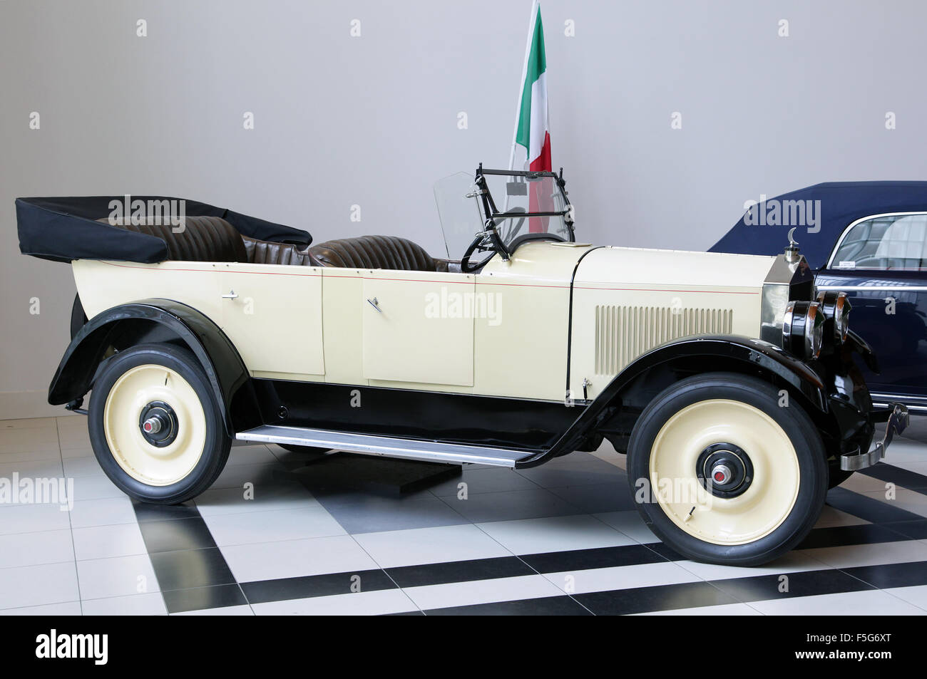 Moon motor car type 6-48 1922.3.6 litre six cylinder 25 hp - Stock Image
