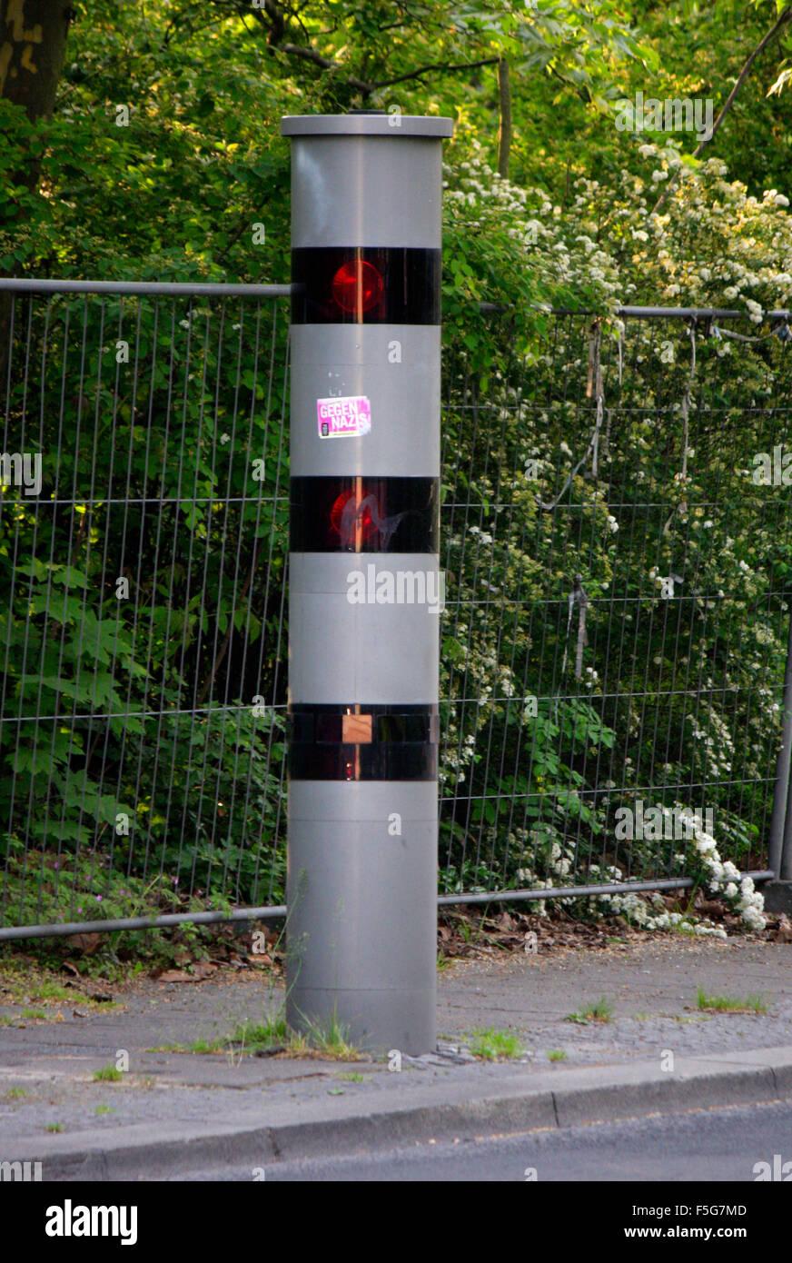 Blitzersaeule, Berlin. - Stock Image