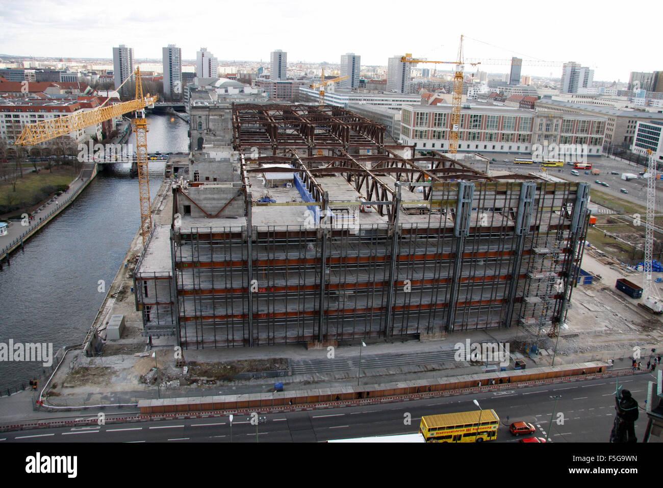 die Ueberbleibseln des Palastes der Republik, Anfang Maerz 08, Berlin-Mitte. - Stock Image