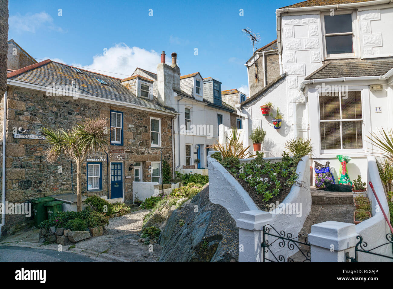 Traditional cottages at the old town of St.Ives, Cornwall, England, UK | Traditionelle Haeuser in der Altstadt von Stock Photo
