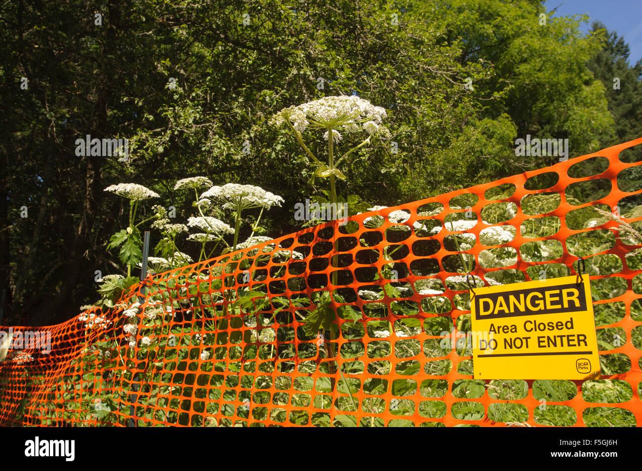 Danger Poisonous Plants Sign Stock Photos & Danger Poisonous Plants ...