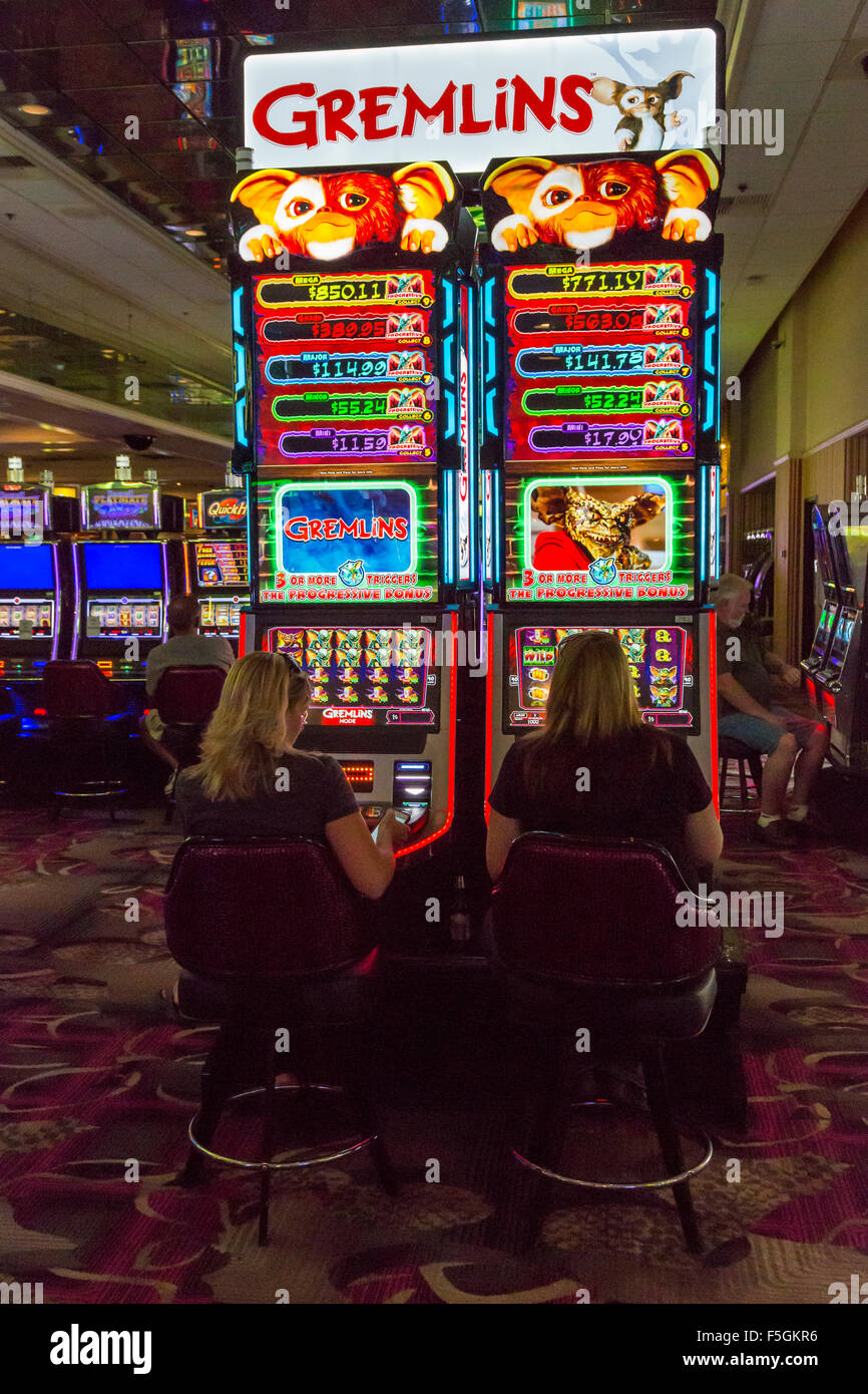 Age to play slot machines in las vegas