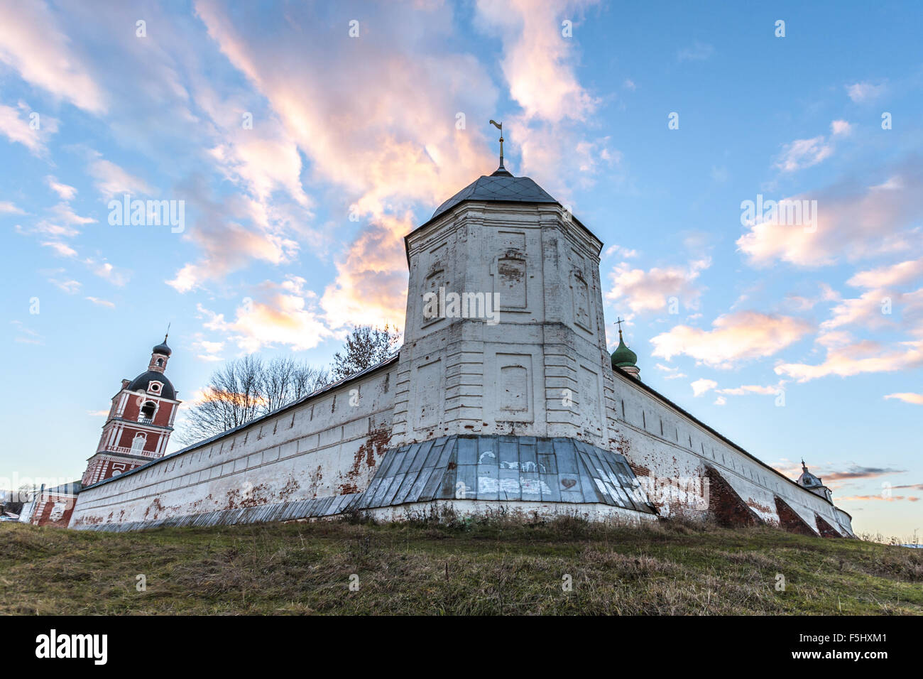 Pereslavl-Zalessky, Russia - November 03, 2015: Goritsky Monastery of Dormition. Look on the Northeast watchtower. - Stock Image