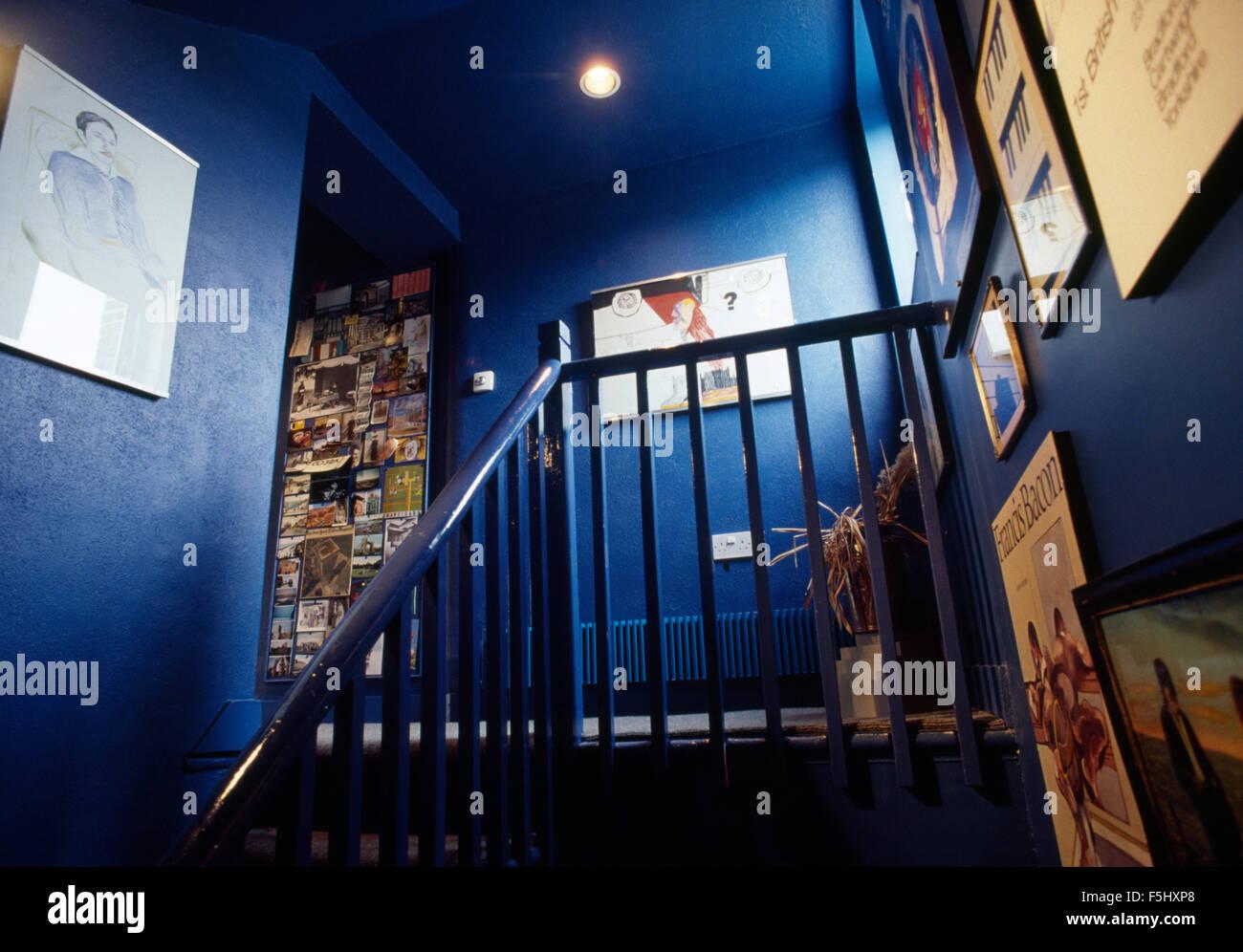 Bright blue sixties landing - Stock Image