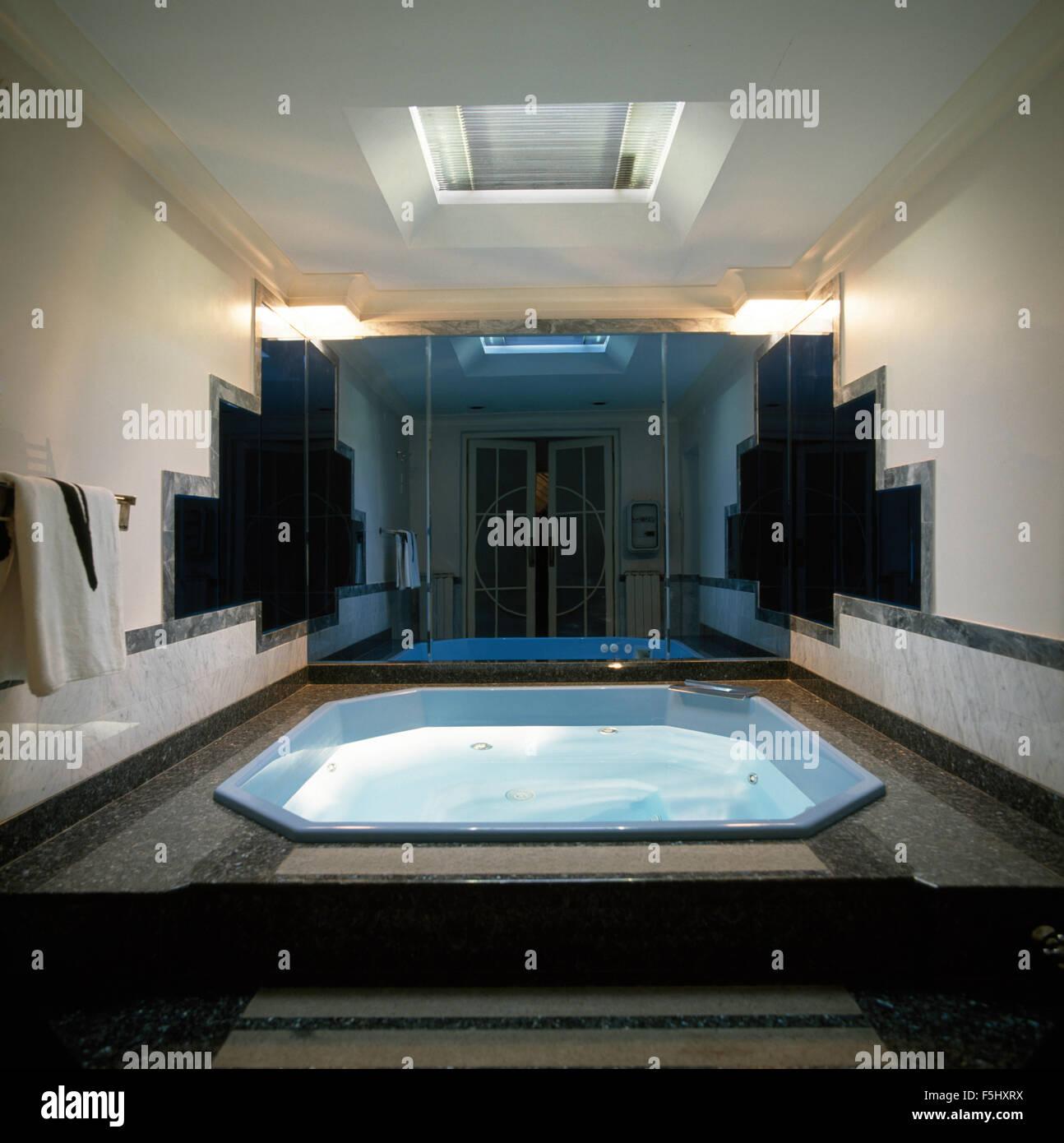 Thirties indoor swimming pool - Stock Image