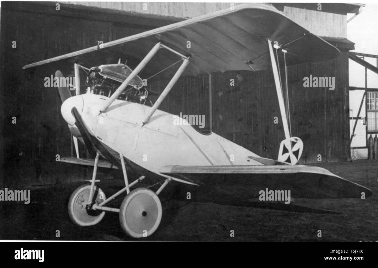 Albatros L9 1914  for cavalry recon use  Nowarra - Stock Image