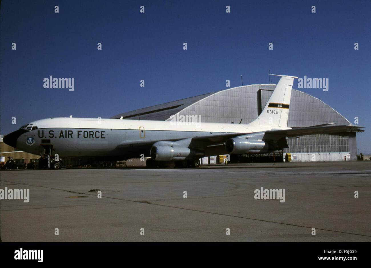 Boeing NKC-135A 55-3135 ADD Edwards AFB 13Aug86 [RJF]tif Stock Photo