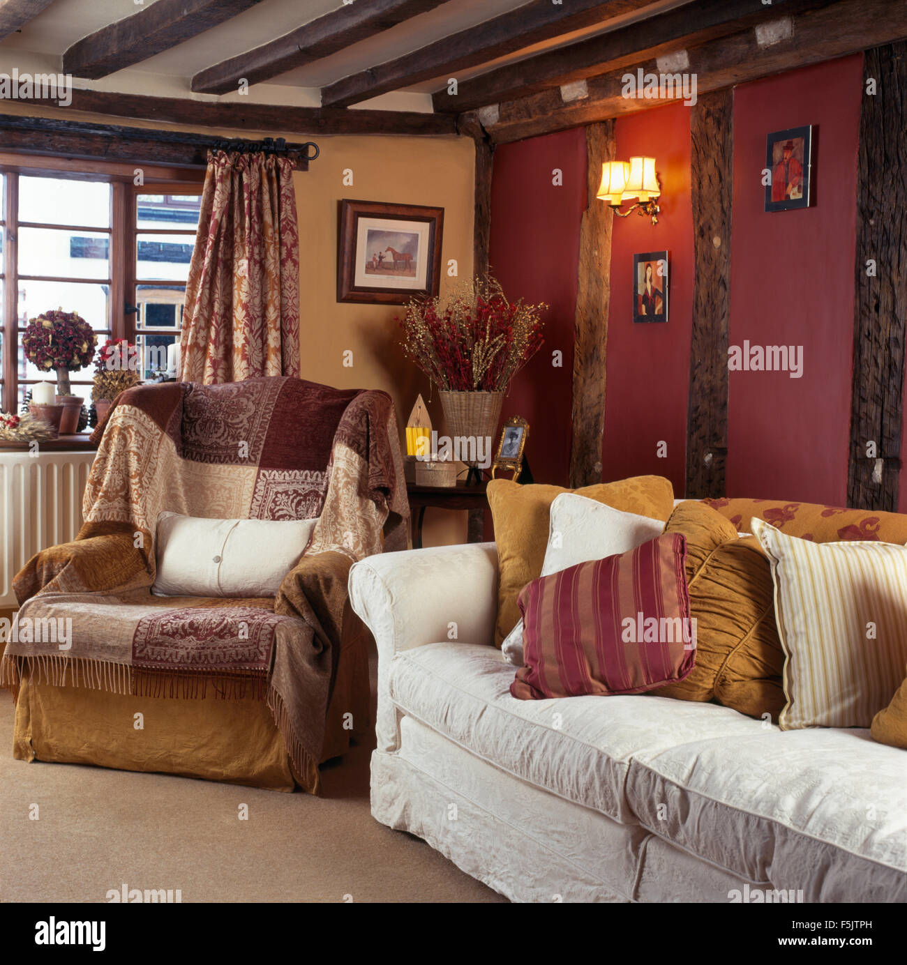 Country Cottage Living Room Colors