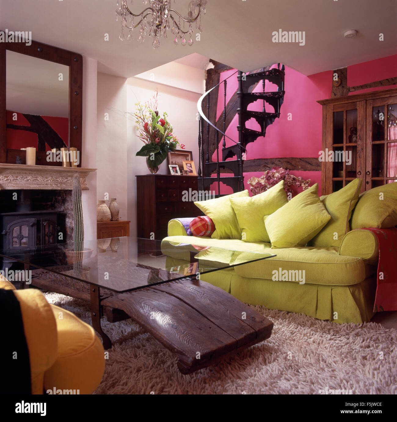 Pink Cushions Sofa Room Stock Photos Amp Pink Cushions Sofa