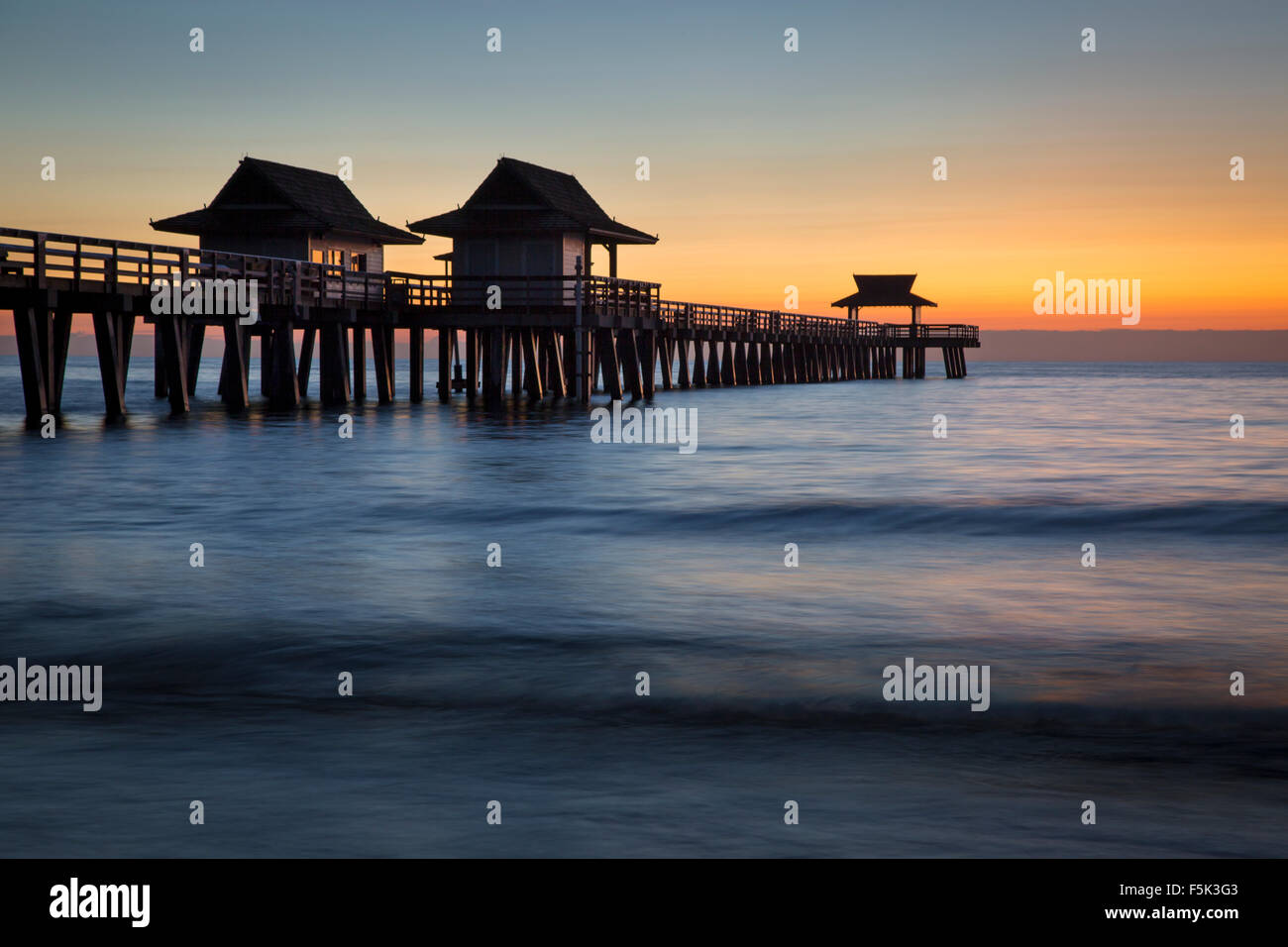 Twilight at the Naples Pier, Naples, Florida, USA - Stock Image
