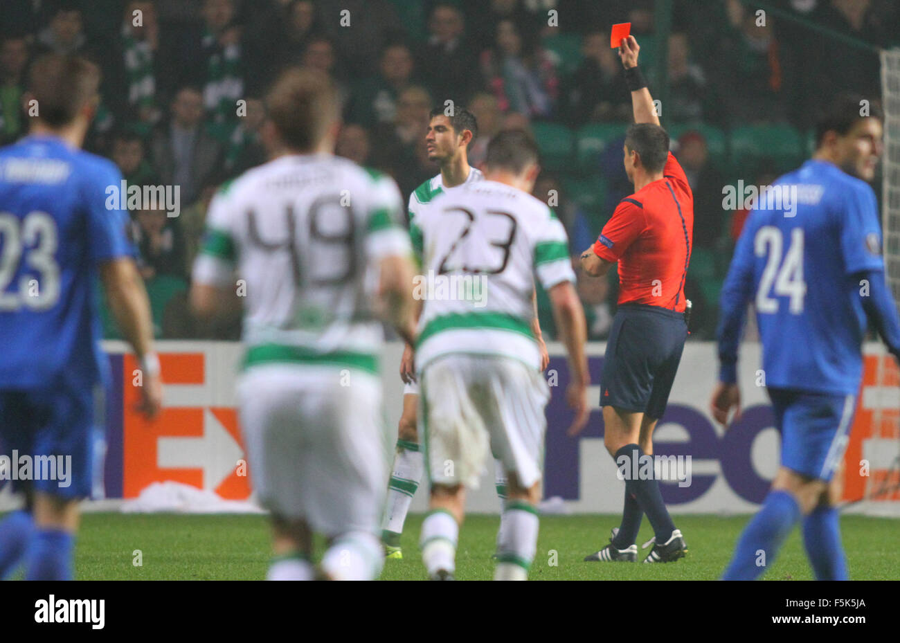 Glasgow, Scotland. 05th Nov, 2015. Europa League. Celtic versus Molde. Nir Bitton receives a red card for his foul - Stock Image