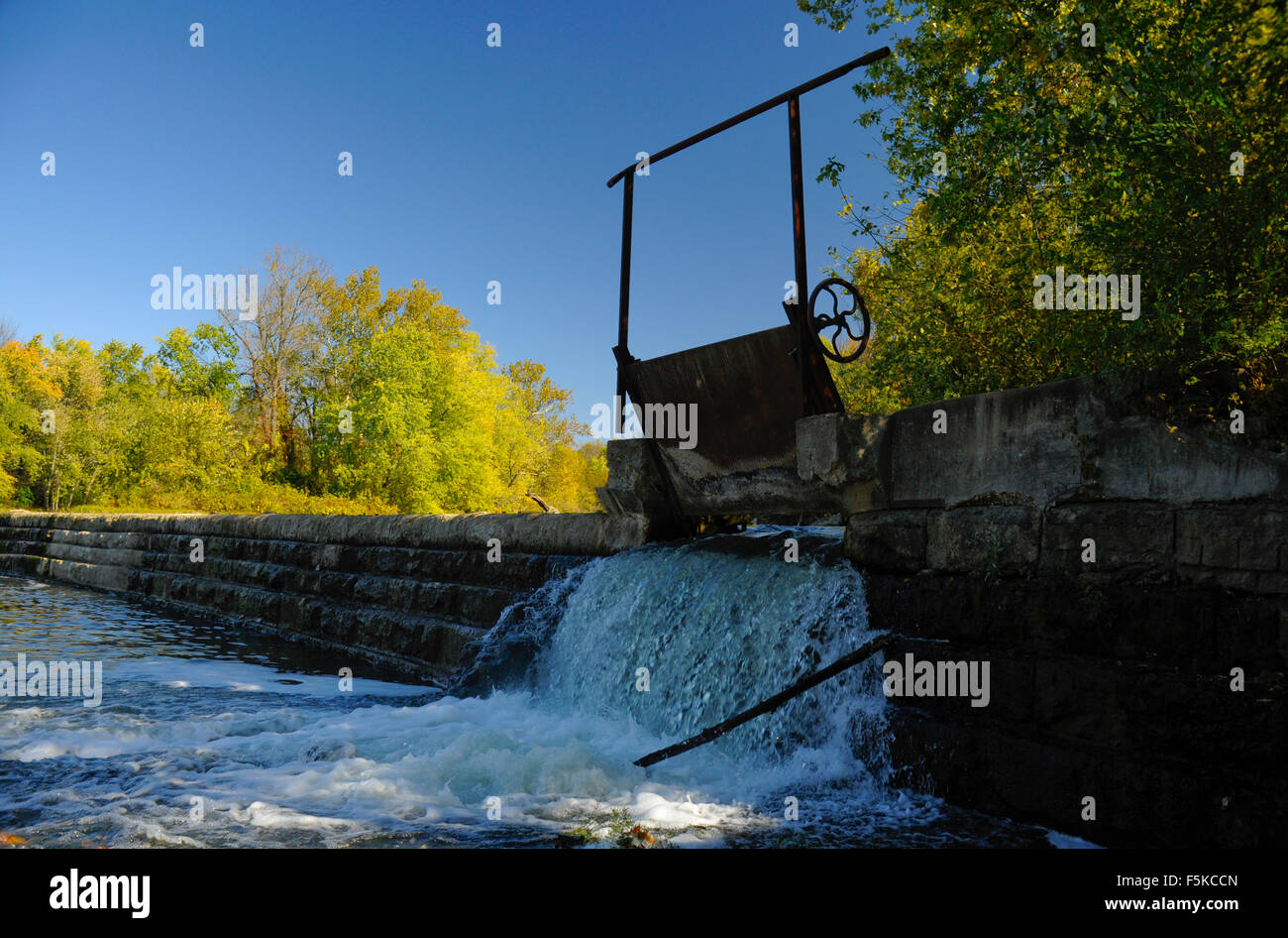 Sluice Dam Stock Photos & Sluice Dam Stock Images - Alamy